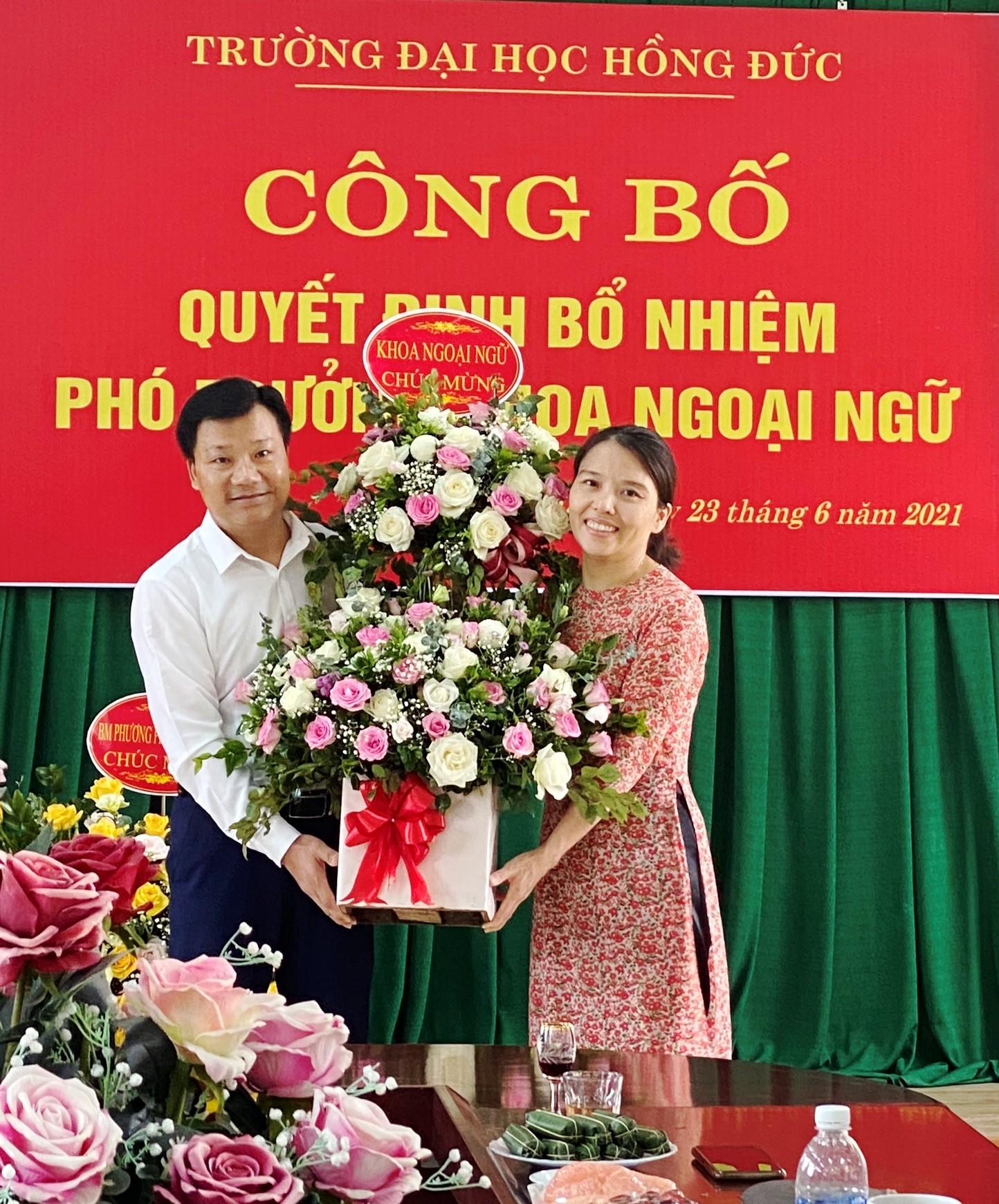 Media/2005_knn.hdu.edu.vn/FolderFunc/202106/Images/hoa1-20210625124031-e.jpg