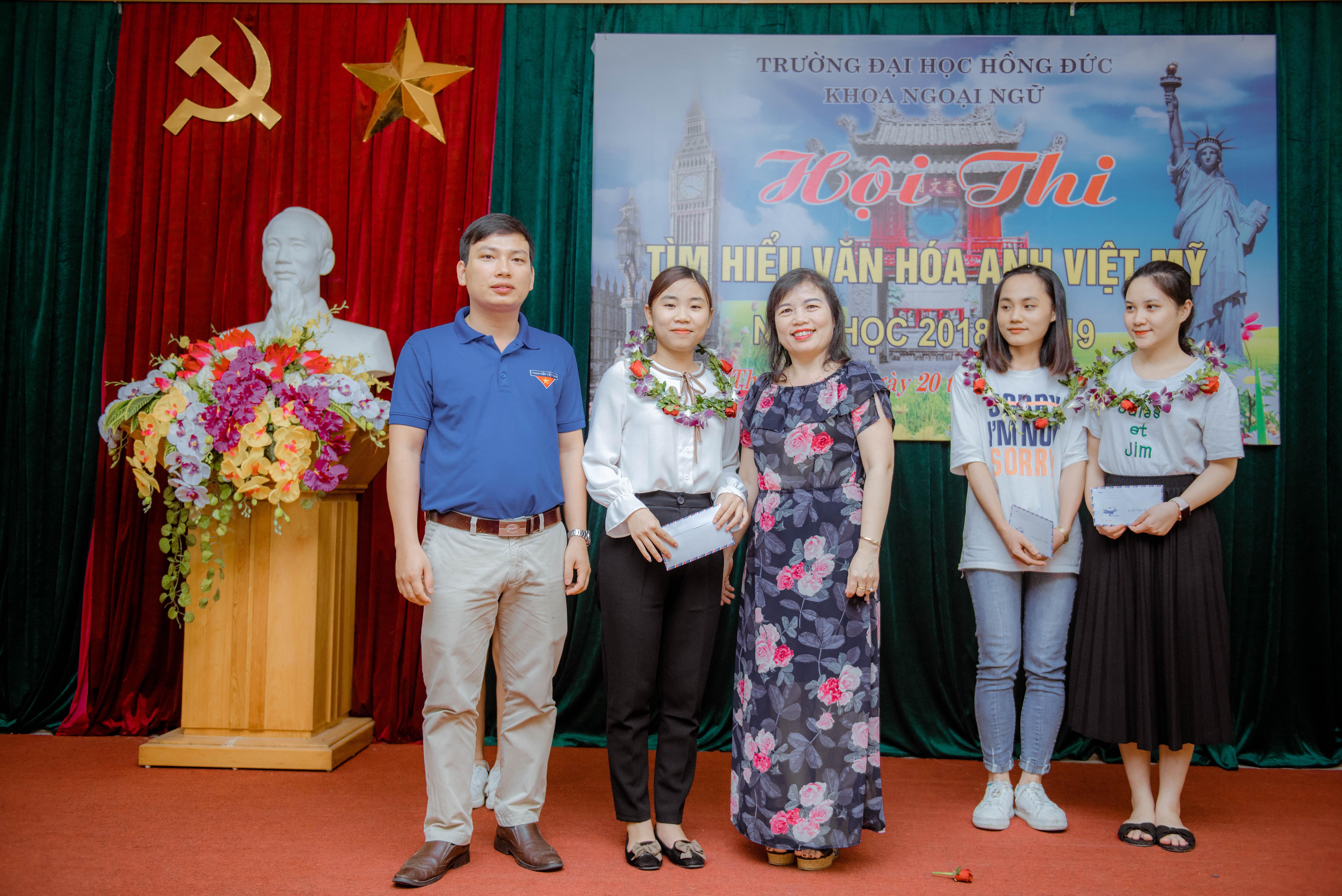 Cuộc thi Olympic Tiếng Anh và Hội thi Tìm hiểu văn hóa Anh - Việt – Mỹ trường Đại học Hồng Đức, năm học 2018 – 2019